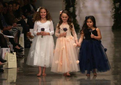 21 460x325 - VESTIDOS PARA DAMA DE HONRA 30 modelitos lindos para meninas