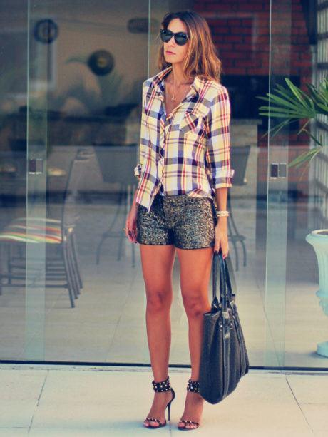 imagem 15 460x613 - CAMISA XADREZ FEMININA : Como usar com calça, saia, ou shorts