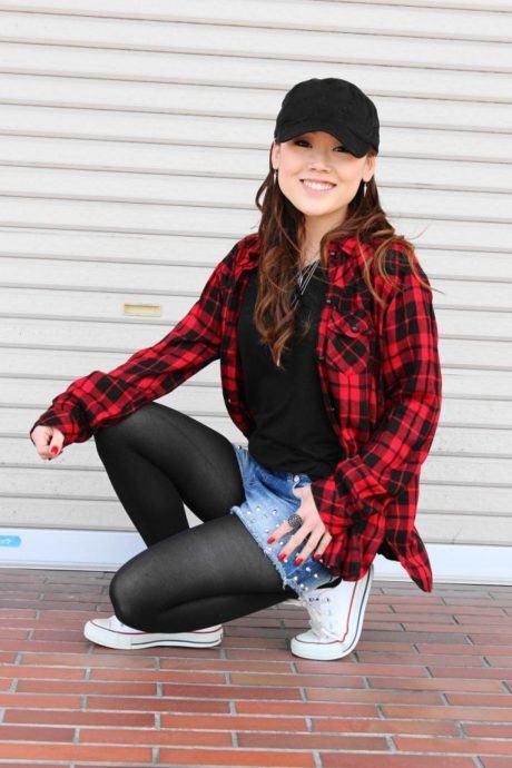 imagem 19 460x690 - CAMISA XADREZ FEMININA : Como usar com calça, saia, ou shorts