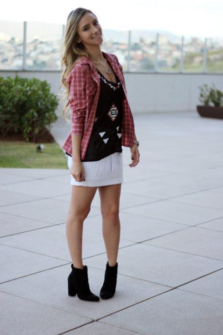 imagem 29 460x690 - CAMISA XADREZ FEMININA : Como usar com calça, saia, ou shorts