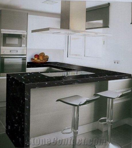 bancada-de-cozinha-em-granito-preto-via-lactea