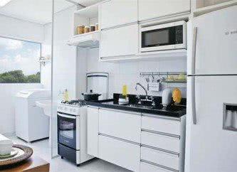 cozinha planejada branca pequena