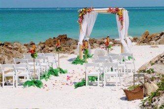 dicas de decoração de casamento simples na praia