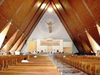 imagens de catedral de londrina interior