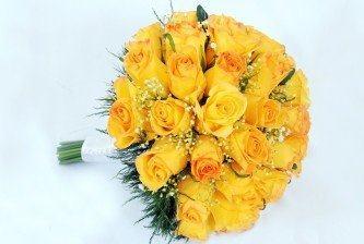 fotos de buquê de rosas amarelas